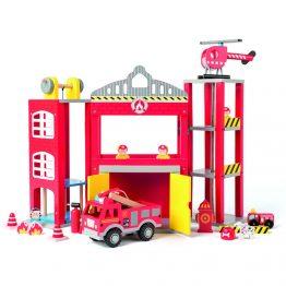 Woody 91810, Дървенa пожарна станция с камиони и хеликоптер